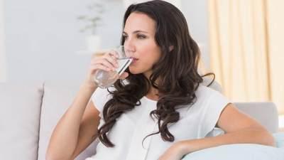 Minum Air Putih yang Banyak