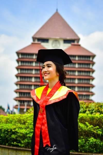 Heboh Fresh Graduates Nolak Gaji Rp8 Juta, Bagaimana Sih Perhitungan Standar di Dunia Kerja?