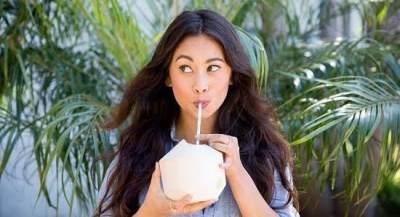Mitos Atau Fakta, Minum Air Kelapa Selama Hamil Bikin Kulit Bayi Putih dan Bersih?