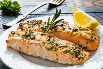 1. Ikan Salmon