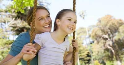 Tips Menjadi Orangtua Sekaligus Teman yang Baik Untuk Anak, Bagaimana Caranya?