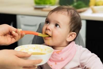 3 Resep Sederhana Olahan Buah Apel Untuk MPASI Bayi 6 Bulan