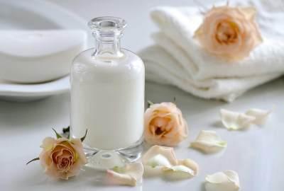 Ini 6 Manfaat Susu Untuk Kecantikan, Cerahkan Wajah Sampai Menghaluskan Rambut