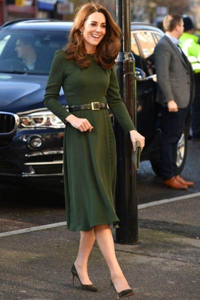 6 Inspirasi Fashion Klasik Kate Middleton, Kunci Tampil Cantik Paripurna di Acara Formal