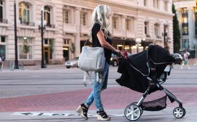 Tetep Tampil Kece dengan 5 Rekomendasi Tas Bayi Terbaik Tahun 2019