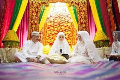 H-1 Pernikahan, Ini 7 Momen Bahagia Sekaligus Haru Di Pengajian Cut Meyriska