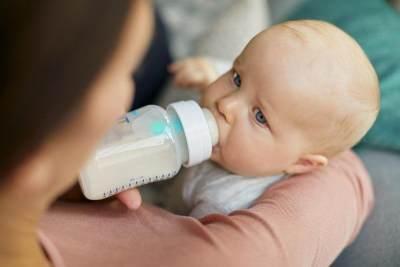 Viral Bayi Diberi Campuran Susu dan Obat Dewasa, Para Ibu Bekerja Waspadai Hal Ini