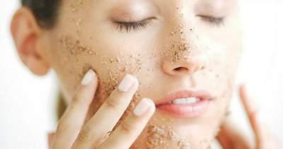 Rutin eksfloliasi kulit wajah