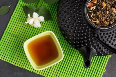 Ini 6 Manfaat Jasmine Tea Untuk Tubuh, Bikin Awet Muda Hingga Melangsingkan Badan!