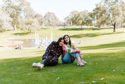 Sambil Pacaran, Ini 8 Momen Romantis Syahnaz dan Jeje Babymoon di Australia