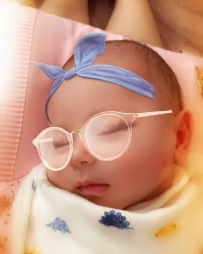 Intip 5 Potret Cantik Anak Aura Kasih yang Bule Banget, Siapa Namanya?