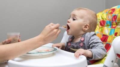 Jangan Salah Mengira, Ini Tanda-tanda Bayi Merasa Lapar