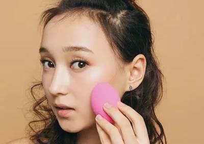 Hasil Makeup Lebih Natural, Rekomendasi Beauty Sponge Lokal Ini Wajib Dicoba