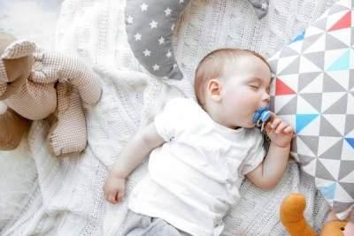 Pilih Bahan Bantal Bayi Hypoallergenic