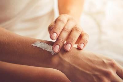 Kenali Masalah Kulit Wajah, Ini 4 Tanda Skincare-mu Tak Cocok