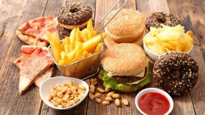 7. Makanan Cepat Saji