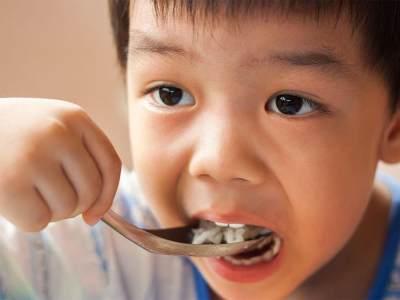 Perlukah Suplemen Vitamin Untuk Anak? Cek Aturan Konsumsinya Yuk!