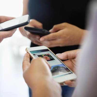 Jangan Asal Posting, Ini 5 Privasi Keluarga yang Tidak Boleh Diumbar di Media Sosial