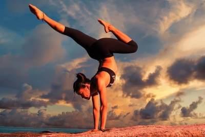 Mengenal Ragam Jenis Yoga, Apa Saja Manfaatnya Untuk Kesehatan Wanita?