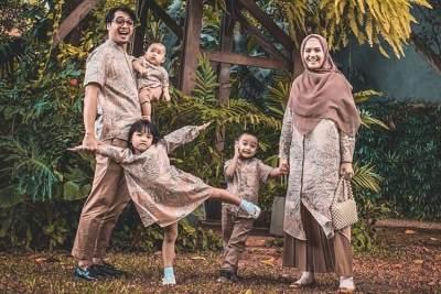 Baru 8 Bulan Melahirkan, Ricky Harun Umumkan Kehamilan Keempat Herfiza