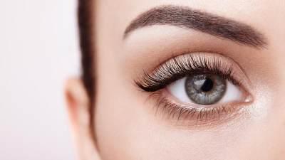Praktis dan Aman, Ini 5 Cara Alami Memanjangkan dan Menebalkan Bulu Mata