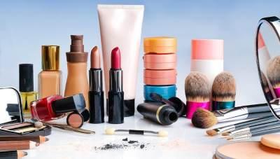 Daftar 12 Kandungan Skincare yang Harus Dihindari Ibu Hamil
