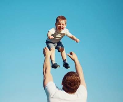 Pentingnya Peran Ayah, Ini 4 Manfaatnya Untuk Tumbuh Kembang Bayi