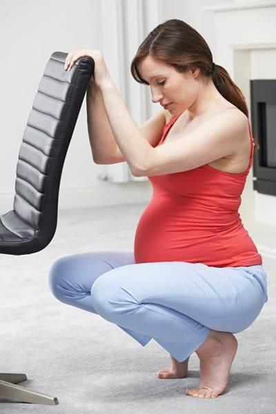 Tips dan Trik Aman Memotong Kuku Kaki Saat Hamil Tua