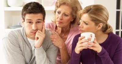 Suka Duka Membesarkan Anak di Rumah Mertua, Benar Tidak Ya?