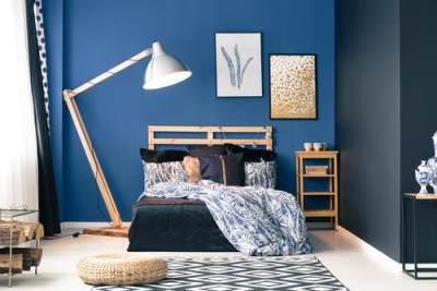 1. Ubah warna kamar menjadi biru muda