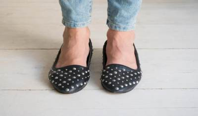 Cari yang Nyaman Dipakai, Ini Tips Memilih Sepatu Untuk Ibu Hamil