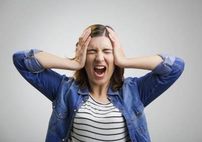 Ibu Baru Mudah Stress? Yuk Cek Penyebab dan Tips Mengatasinya!