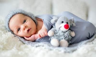 Inspirasi Nama Bayi yang Lahir di Malam Hari, Indah dan Unik, Moms!