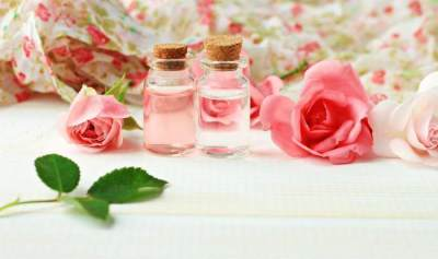 Rose Water Sebagai Toner