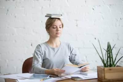6 Kebiasaan Sederhana Untuk Menjaga Postur Tubuh Tetap Tegak dan Tak Bungkuk