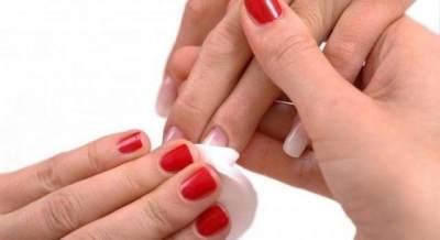 Kurangi Penggunaan Nail Polish Remover