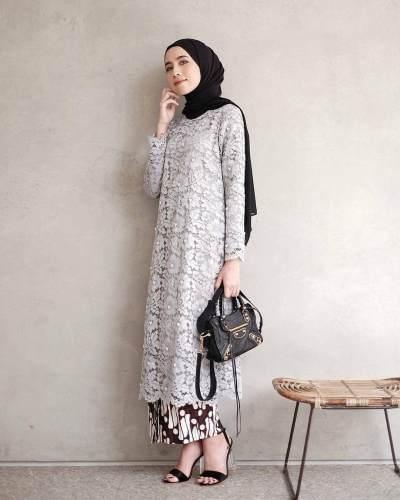 Cantik! Intip 10 Fashion Kebaya Muslim Modern yang Bisa Jadi Inspirasi