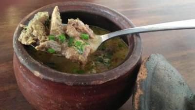 Membuat Resep Masakan Empal Gentong Cirebon