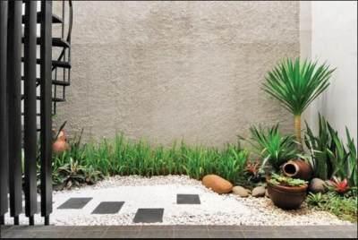 4. Bikin taman di dalam rumah