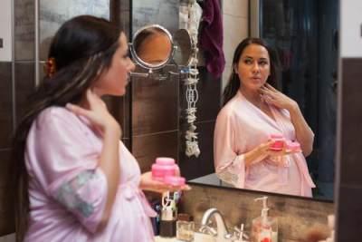 Jangan Asal Pilih, Ini 5 Rekomendasi Skincare yang Aman Untuk Ibu Hamil