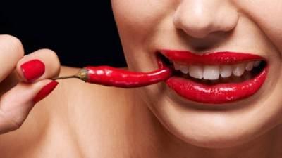 Perut Sakit Setelah Makan Pedas? Coba 7 Cara Ini Untuk Meredakannya