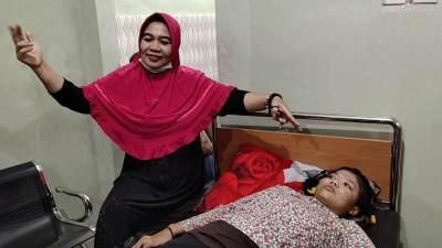 Mengenal Ningsih Tinampi, Terapis Alternatif yang Viral dan Sempat Diselingkuhi Suami