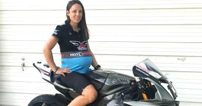 Tips Aman Ibu Hamil Naik Motor, Bagaimana Posisi yang Tepat?