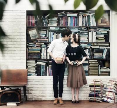 6 Inspirasi Foto Prewedding Unik Tanpa Menghilangkan Kesan Romantis