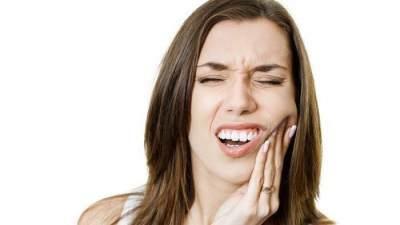 Tak Hanya Air Garam, 5 Bahan Alami Ini Juga Bisa Mengobati Sakit Gigi