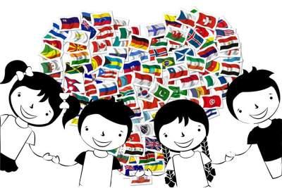 Ungkapan Cinta dalam Berbagai Bahasa yang Bisa Diajarkan Pada Si Kecil