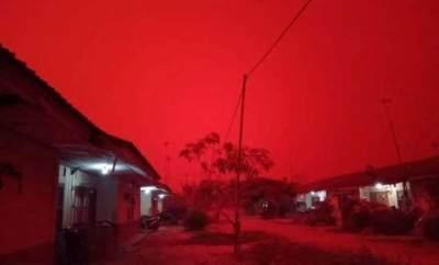 Penyebab Langit Merah Jambi