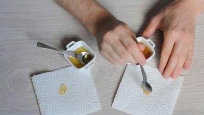 Menggunakan Kertas