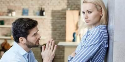 Cara Ampuh Meminta Maaf Pada Pasangan, Coba 5 Tips Ini