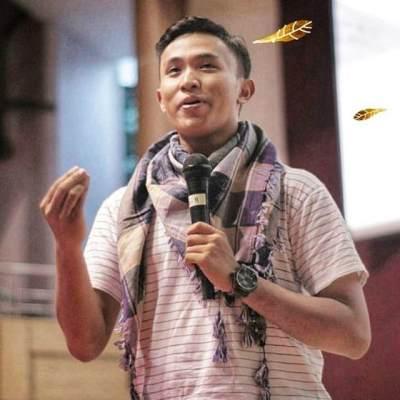 Kenalan Sama 'Makhluk Keren' di Tengah Demo, Ketua BEM UGM yang Jadi Idola Baru